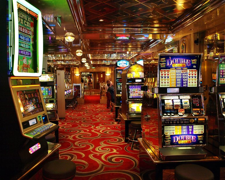 игровых заведениях взлом игровых в казино аппаратов и