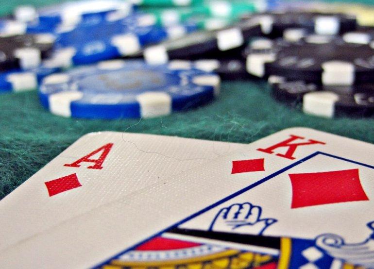 играть счет карт